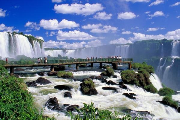 Awe-inspiring Iguazu Falls