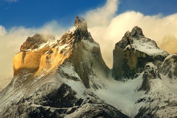 Torres del Paine peaks sunset