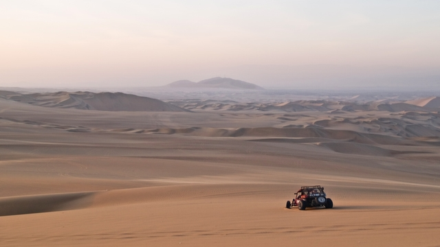 Dune Buggy in Huacachina