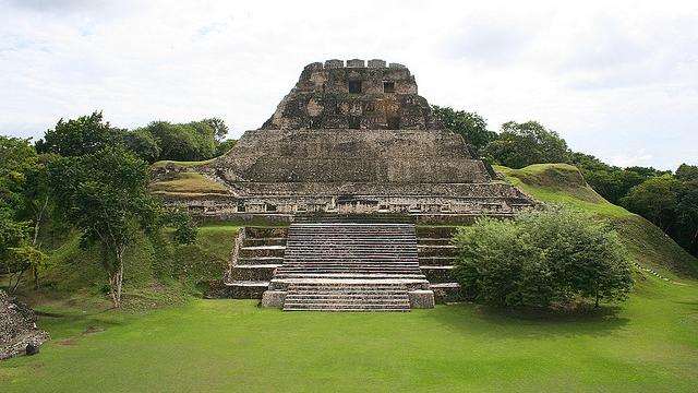 The imposing El Castillo at Xunantunich