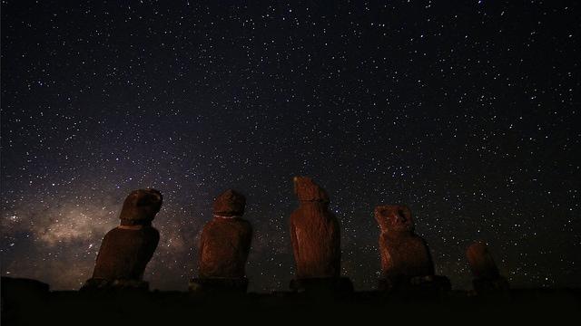 Ahu Tahai & the Milky Way, Easter Island
