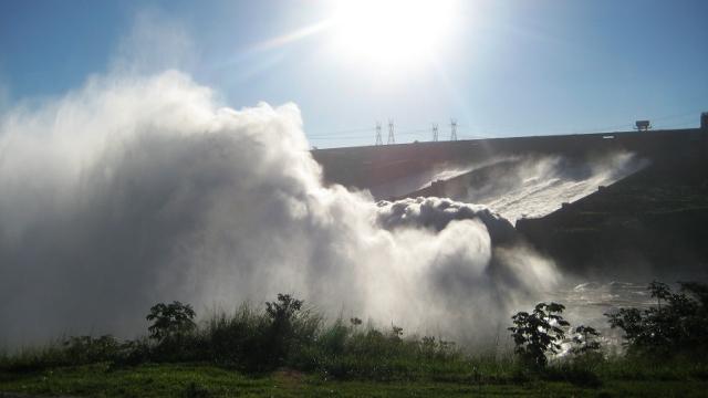 Itaipu Dam, Iguazu