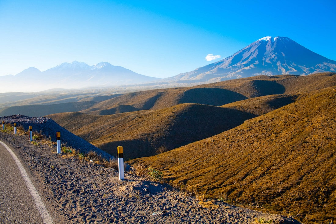The drive into Arequipa.