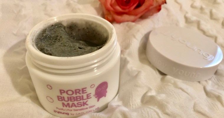This Bubble Mask Will Transform Your Fall Skincare Routine