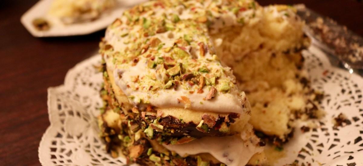 Pistachio Cannoli Cream Cake