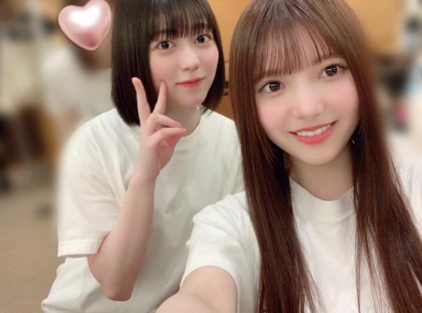 上村莉菜(右)と幸阪茉里乃