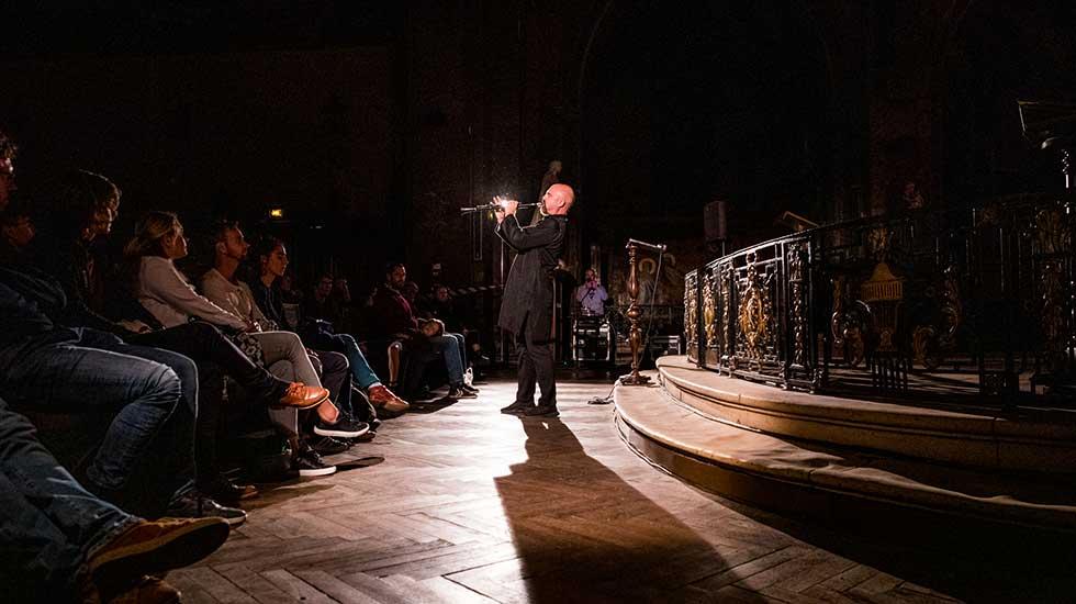 """Yom à la clarinette accompagné de Baptiste-Florian Marle-Ouvrard à l'orgue dans """"Prière"""""""