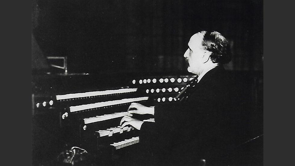 Louis Vierne à l'orgue de Notre-Dame en 1924