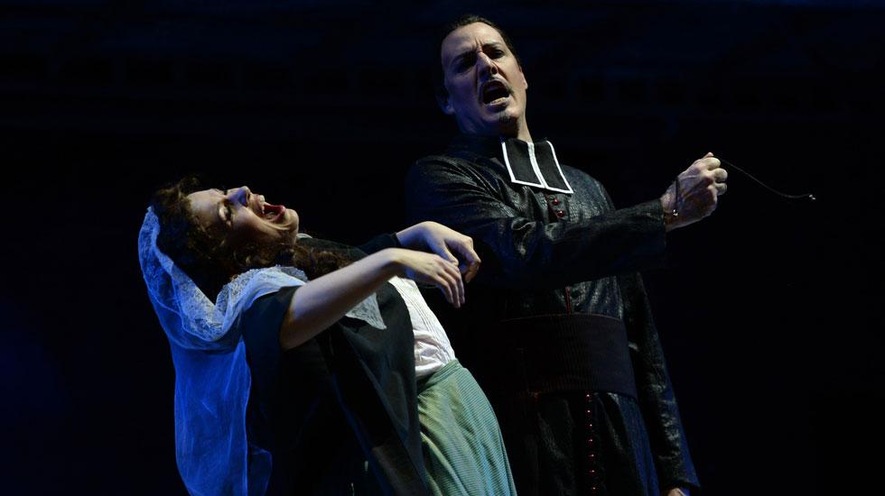 Marina Rebeka (Marguerite) and Paul Gay (Mephistopheles) in Faust © 2018 - Alain Hanel - OMC