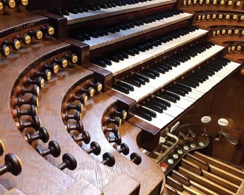 Console de l'orgue de Saint-Sulpice à Paris