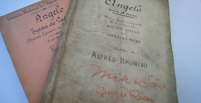 """Livrets de mise en scène de la production théâtrale de """"Angelo, le tyran de Padoue"""" d'Alfred Bruneau"""