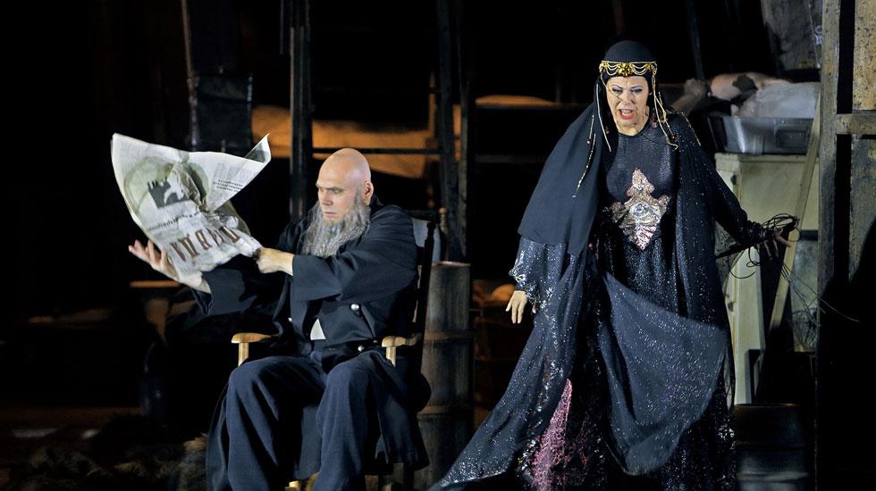 Wotan et Fricka dans La Walkyrie au Festival de Bayreuth 2017 © Enrico Nawrath