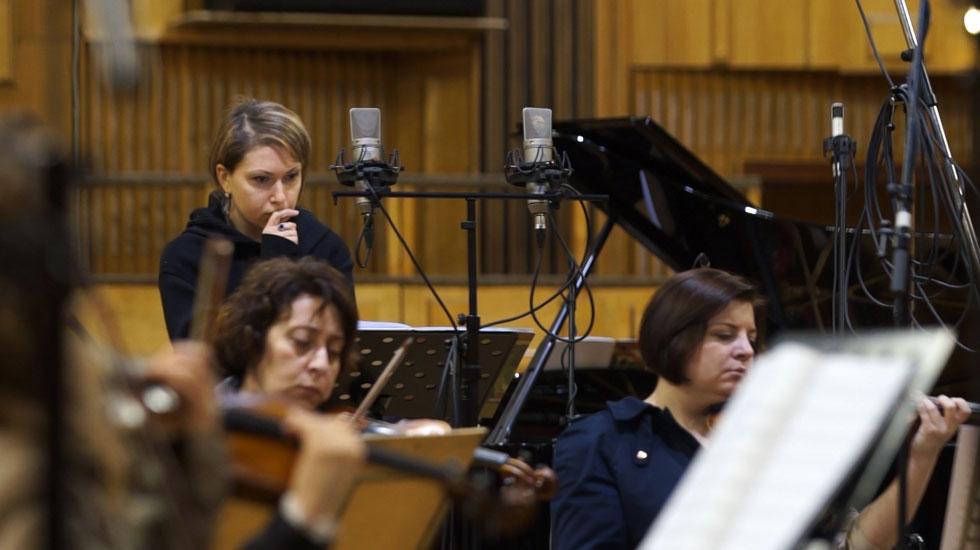 "Mariam Sarkissian et l'orchestre de chambre Musica Viva Moscow pendant l'enregistrement de ""Tigran Mansurian, songs and Instrumental music"" (Brilliant Classics) © DR"