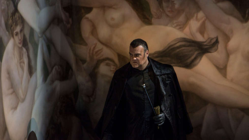 Bryn Terfel (Il Barone Scarpia) © Elisa Haberer / Opéra national de Paris