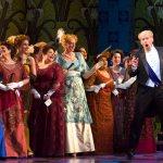 Roger Honeywell (Danilo) dans la Veuve Joyeuse du Boston Lyric Opera