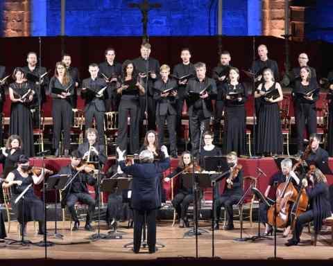 Messe en si de Bach, direction Nicole Corti, au festival de La Chaise-Dieu