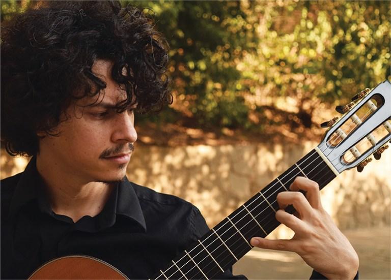 Alí Arango Leo Brouwer Classical Guitar Magazine Music Review