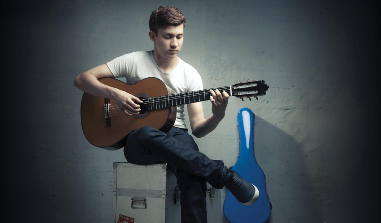 Thibaut Garcia Paulino Bernabe II Guitar Classical Guitar Magazine