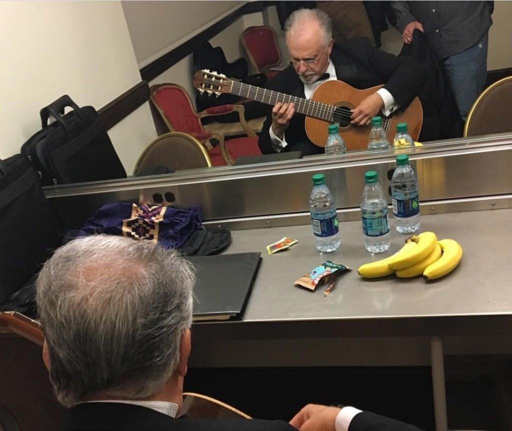Pepe backstage