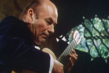 classical guitarist julian bream