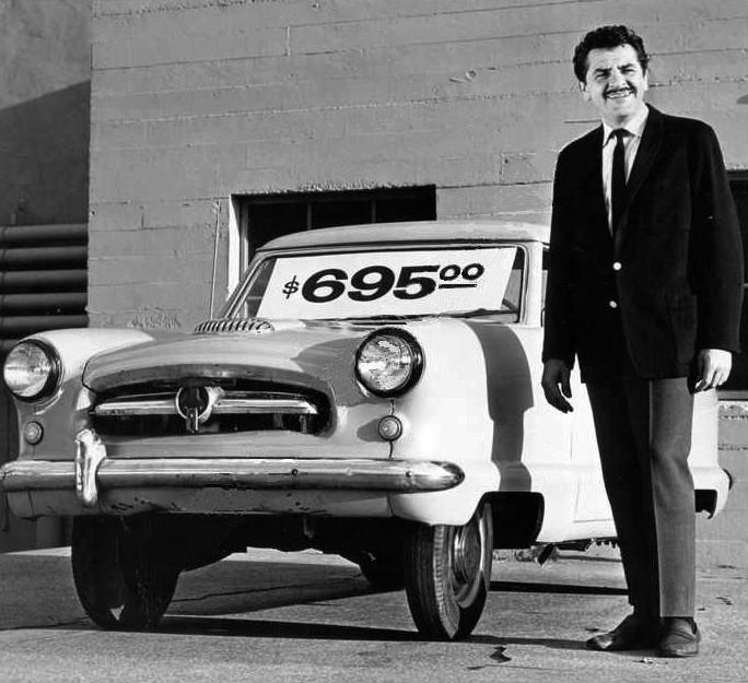 picture of a car salesman