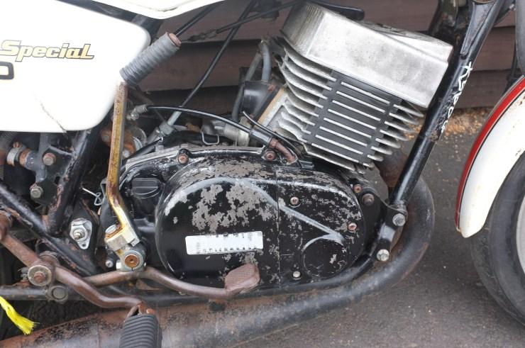 Yamaha RD400 RD 400 F Daytona Special 1979 Barn Find Restoration