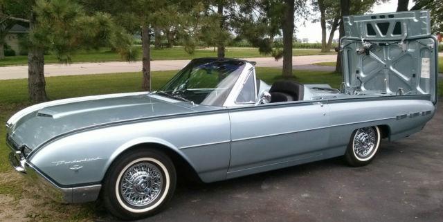 1962 Ford Thunderbird Roadster Chrome Wire Wheels Original