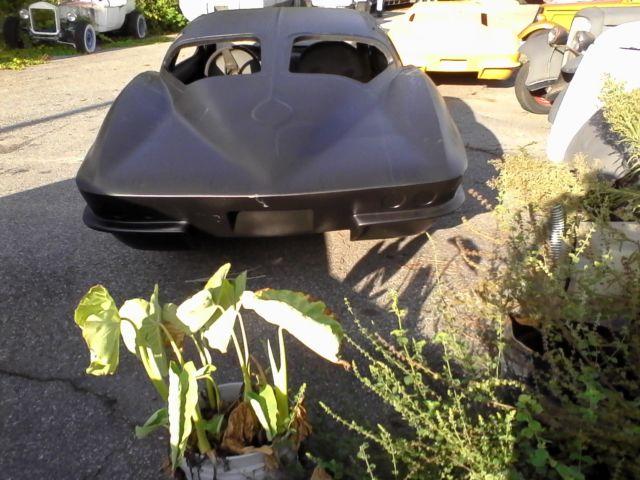 Corvette 63 Rack Split Window