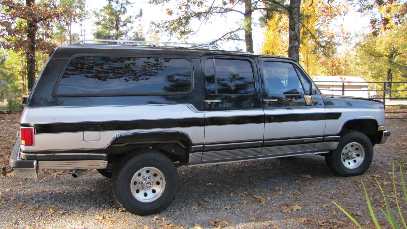 hight resolution of 1989 chevrolet 4wd suburban 1500 heavy 1 2 t very clean southern truck