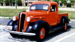 Plymouth_pickup_truck_red_and_black_Baltimore_MD