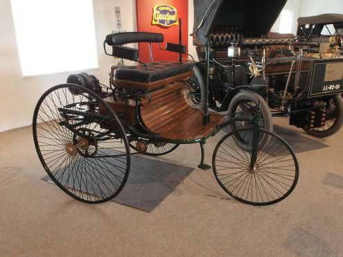 A Brief Look Into The History of the Automobile