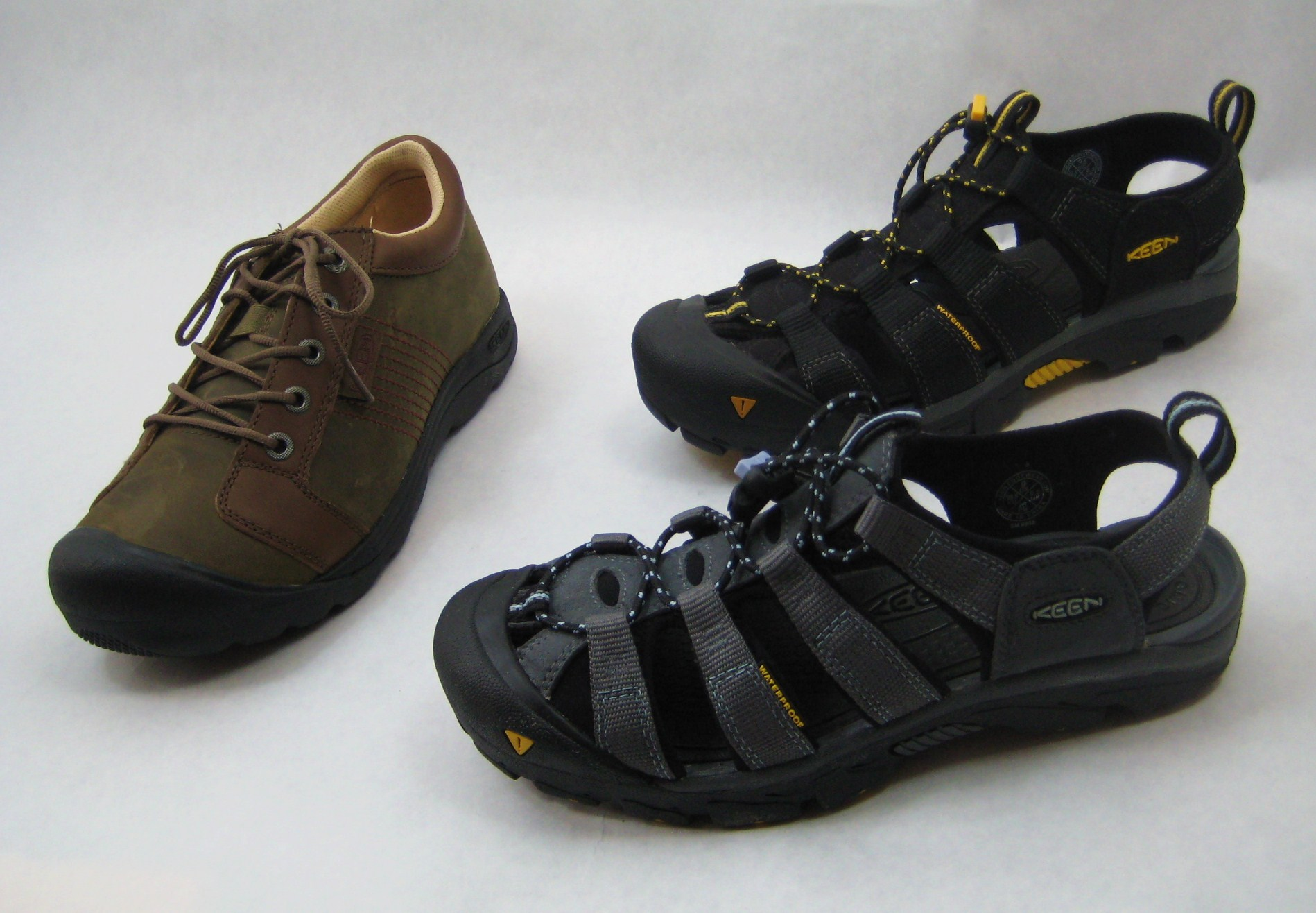 Keen cycling shoes for recessed cleats