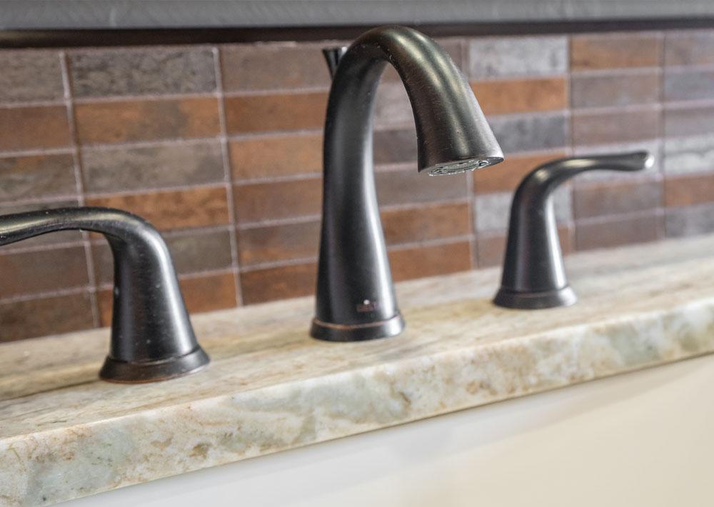 https://i0.wp.com/classicmarbledesign.com/wp-content/uploads/2019/02/classic-marble-design-bathrooms-fixtures-1.jpg?fit=1000%2C710&ssl=1