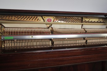 Klavier_Schimmel_impire