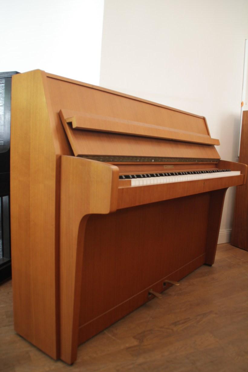 Klavier Schimmel