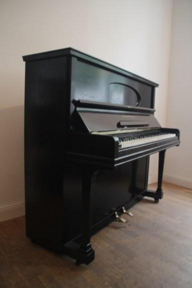 Grotrian Steinweg Klavier 125