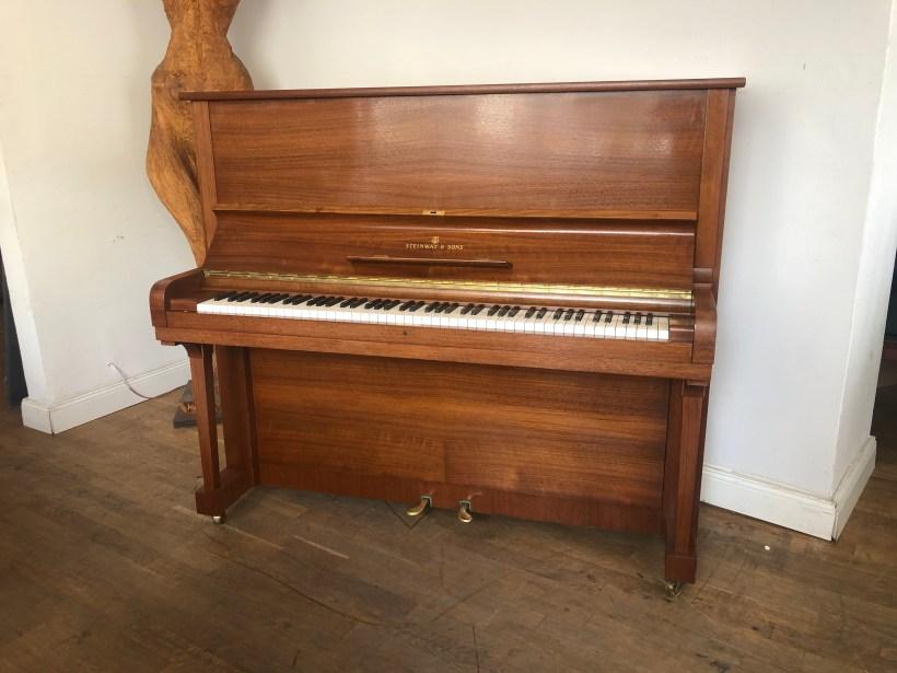 Klavier Steinway & Sons