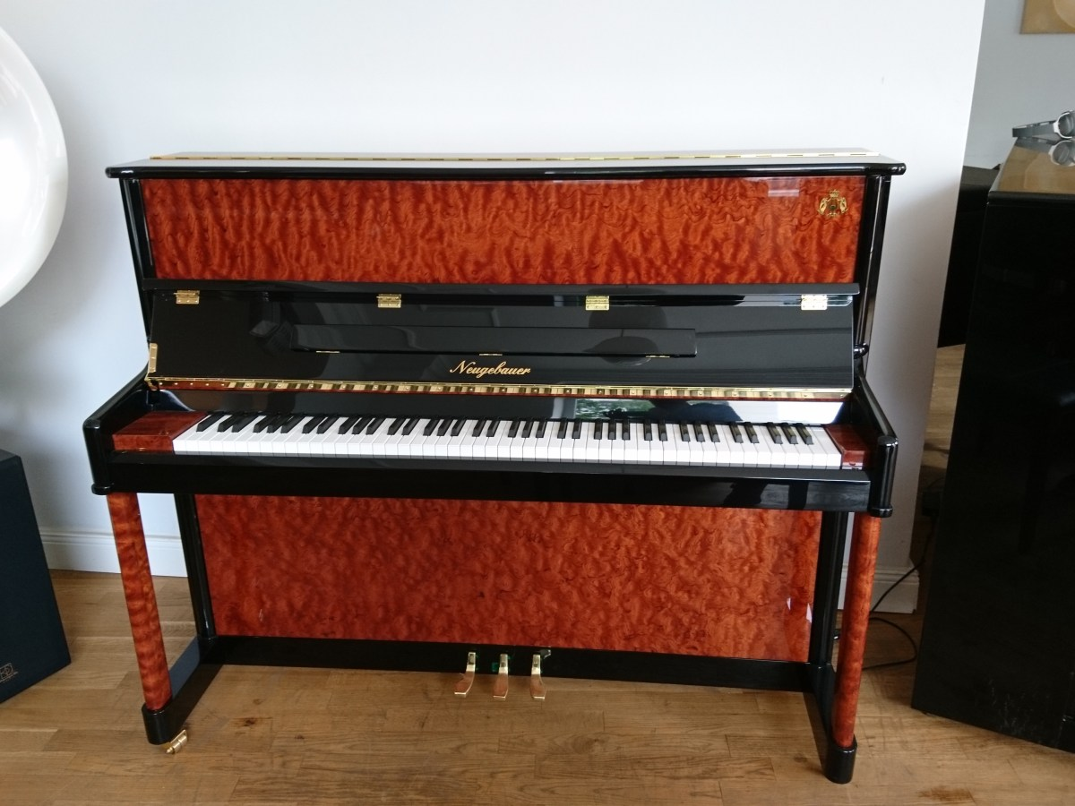 Klavier neugebauer