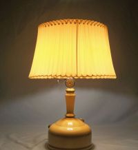 """1949 """"A"""" Coleman 152A lamp 