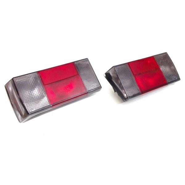 171945111K 171945112K Lampy Tylne Wąskie (Czarno/Czerwone) VW Golf 1 / Cabrio