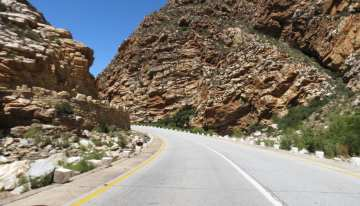 South Africa Driving Tour with Classic Travelling - Meiringspoort