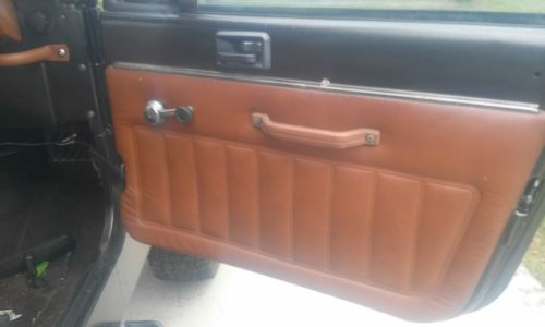 small resolution of jeep cj 8 scrambler 1983 full hard top 6cyl tilt clock tach winch no reserve