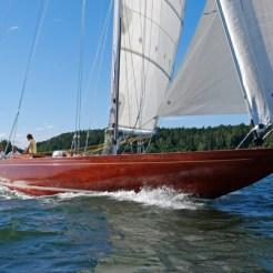 Itaka sail