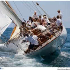 Hallowe'en sailing upwind