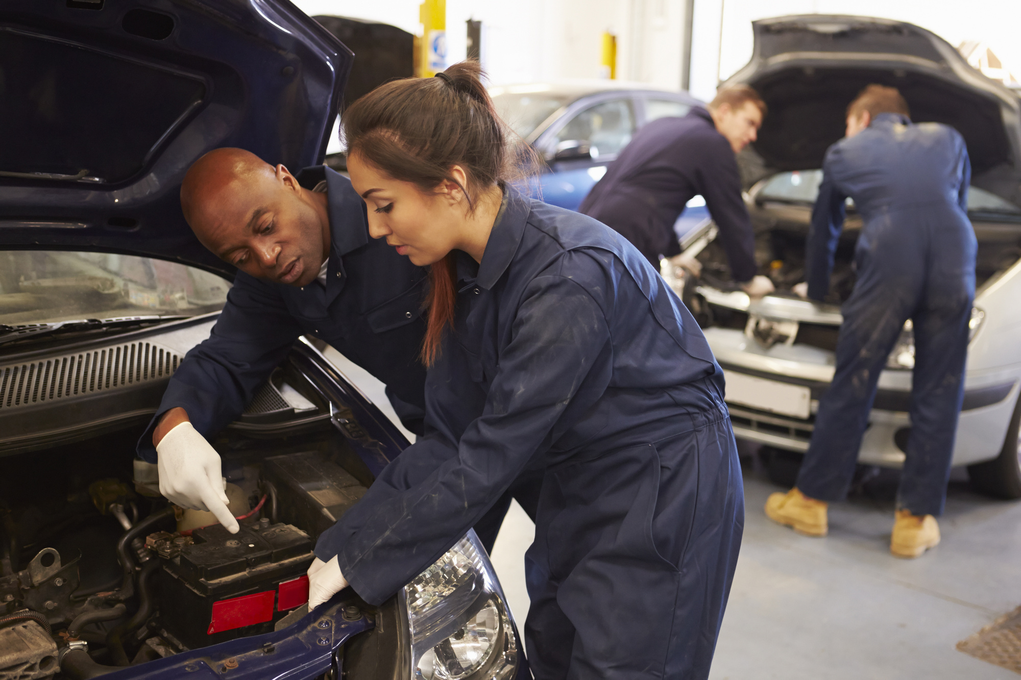 Whats The Best College For Becoming A Mechanic Usa Today Classifieds