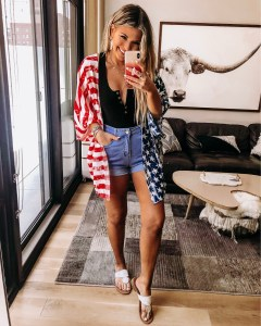 Weekly Roundup!   Style blogger Emerson Hannon of Classycleanchic shares Weekend Sales, Weekly Round-up