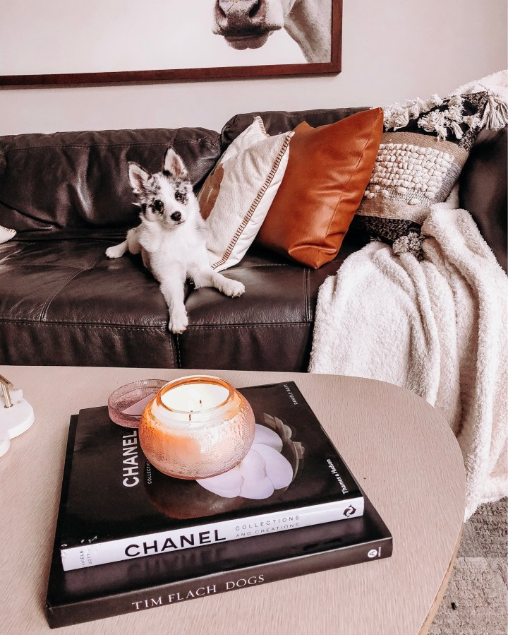 Fall Home Decor from Koda! | Style blogger Emerson Hannon of Classycleanchic shares Fall Home Decor from Koda!