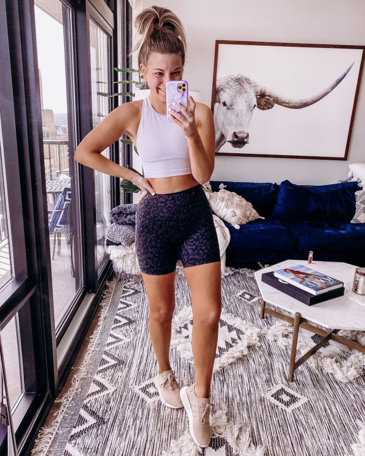Weekly Roundup + Weekend Sales   Style blogger Emerson Hannon of Classycleanchic shares Weekly Roundup + Weekend Sales