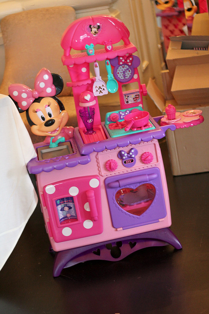 Join the JustPlayToys Twitter Party tonight at 8 PM EST  Doc McStuffins giveaways and more