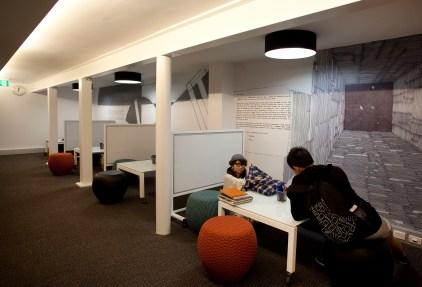 Collaborative Zone (EDFAA Library)
